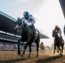 Tapwrit Wears Down Irish War Cry to Win Belmont Stakes
