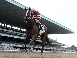 Untapable leaves the competition behind in the Mother Goose Stakes.