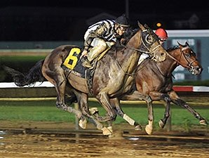 Jessica's Star Rallies to Take Iowa Derby
