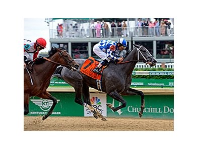 "Fiftyshadesofgold wins the 2014 Eight Belles Stakes. <br><a target=""blank"" href=""http://photos.bloodhorse.com/AtTheRaces-1/At-the-Races-2014/i-KJvDJpZ"">Order This Photo</a>"