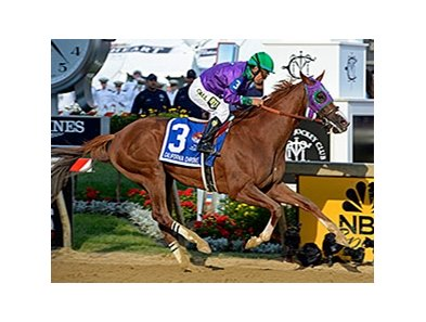 California Chrome comes home strong to take the Preakness.
