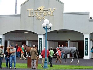 Average Daily Handle Down 4% at Turfway Meet