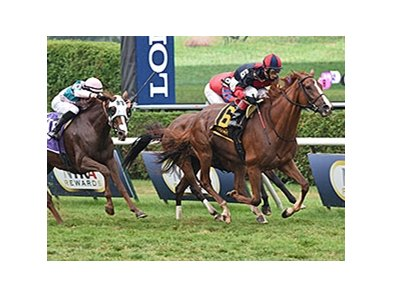 Irish Mission wins the Glens Falls Handicap.