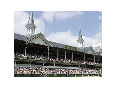 Churchill Downs could apply for live racing dates in September 2013.
