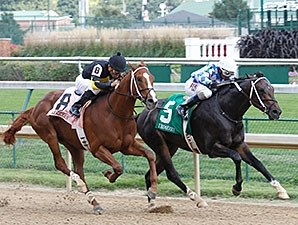 Lucky Player holds off Bold Conquest to win the Iroquois Stakes.