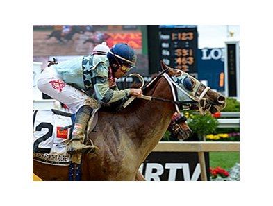 "Zuerstgold with Andrea Seefeldt Knight wins the 2014 Lady Legends for the Cure. <br><a target=""blank"" href=""http://photos.bloodhorse.com/AtTheRaces-1/At-the-Races-2014/i-DMW9ndT"">Order This Photo</a>"