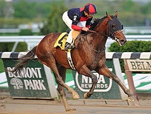 Tonalist Hits High Note in Sloppy Peter Pan