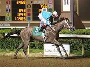 Adirondack: Angela Renee Among Debut Winners