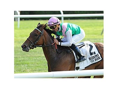 "Riposte comes home quick to take the New York Stakes.<br><a target=""blank"" href=""http://photos.bloodhorse.com/AtTheRaces-1/At-the-Races-2014/i-N6nPkBr"">Order This Photo</a>"