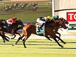 Enterprising Wins Oceanside in Del Mar Opener