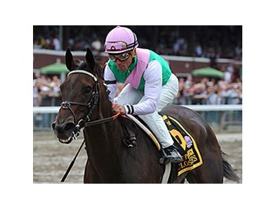 "Close Hatches is in complete control in the Personal Ensign.<br><a target=""blank"" href=""http://photos.bloodhorse.com/AtTheRaces-1/At-the-Races-2014/i-BXVmCfL"">Order This Photo</a>"