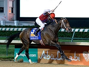 Moonshine Mullin comes home a winner in the Stephen Foster Handicap.
