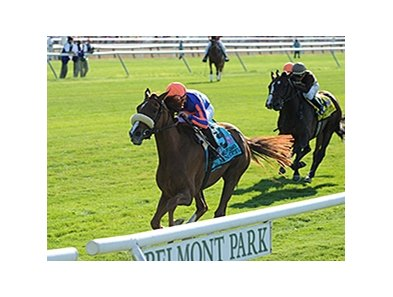 "Minorette won the Belmont Invitational Oaks by 2 lengths.<br><a target=""blank"" href=""http://photos.bloodhorse.com/AtTheRaces-1/At-the-Races-2014/i-BpSxKrS"">Order This Photo</a>"