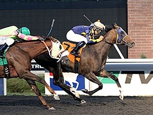 Living The Life wins the Presque Isle Downs Masters Stakes.