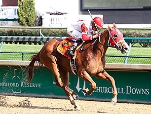 Thank You Marylou comes home strong to win the Dogwood Stakes.