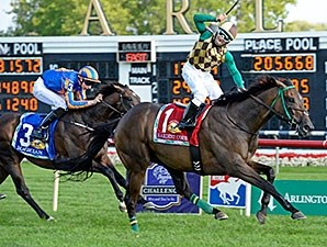 Hardest Core and Eriluis Vaz take the Arlington Million over Magician