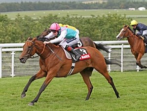 Midday wins the 2011 Nassau Stakes.