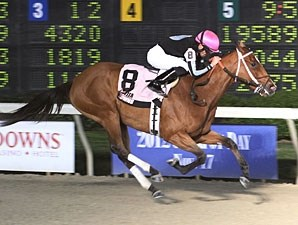 Hometown Gossip wins the 2012 Louisiana Jewel.