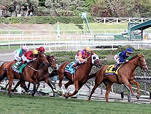 Dayatthespa wins the 2014 Breeders' Cup Filly and Mare Turf.
