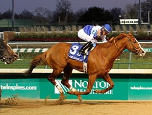 Shackleford wins the 2012 Clark Handicap.
