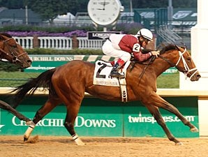 Circle Unbroken wins the 2012 Bashford Manor.