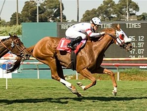 Pure Clan battles to victory in the American Oaks Invitational.