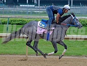 Street Storm - Churchill Downs 05/04/11.