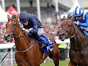 Tapestry wins the 2014 Yorkshire Oaks.