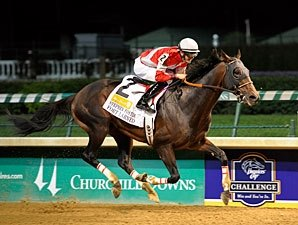 Fort Larned Rolls to Easy Stephen Foster Win