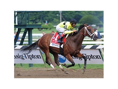 "Malibu Prayer turned back favorite Unrivaled Belle to win the Ruffian Handicap at Saratoga.<br><a target=""blank"" href=""http://www.bloodhorse.com/horse-racing/photo-store?ref=http%3A%2F%2Fpictopia.com%2Fperl%2Fgal%3Fprovider_id%3D368%26ptp_photo_id%3D9124897%26ref%3Dstory"">Order This Photo</a>"