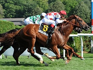 Beau Choix wins the 2010 Quick Call.