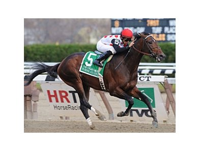 "To Honor and Serve comes home strong to win the Cigar Mile.<br><a target=""blank"" href=""http://www.bloodhorse.com/horse-racing/photo-store?ref=http%3A%2F%2Fpictopia.com%2Fperl%2Fgal%3Fprovider_id%3D368%26ptp_photo_id%3D9754263%26ref%3Dstory"">Order This Photo</a>"