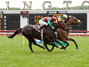 Saint Leon Repeats in Wild Arlington Sprint
