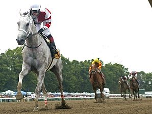 Joyful Victory Unchallenged in Molly Pitcher