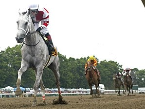 Joyful Victory wins the Molly Pitcher Stakes.