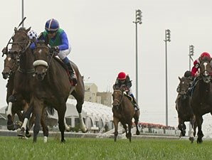 Minakshi wins the Canadian Stakes.