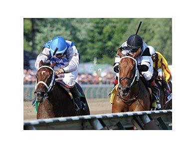 Brazen Persuasion (right) and Bahnah cannot be separated at the finish of the Schuylerville.