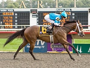 She Be Wild wins the 2009 Arlington-Washington Lassie.