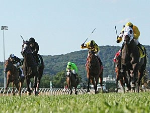 Global Power wins the 2013 West Virginia House of Delegates Speaker's Cup Stakes.