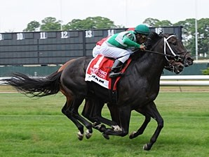 Krypton wins the 2010 Hill Prince.