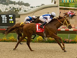 Street Boss takes control in the Bing Crosby under David Flores.