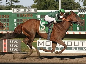 Wildcat Brief wins the 2010 Icecapade Stakes.