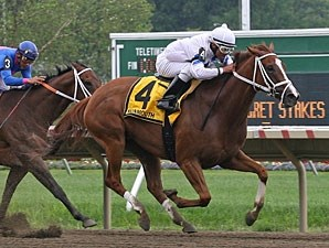 Lady Alexander wins the 2010 Regret Stakes.