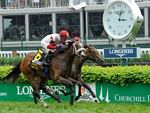 Stephanie's Kitten wins the 2013 Churchill Distaff Turf Mile.