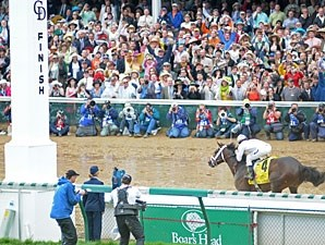 Super Saver wins the 2010 Kentucky Derby.