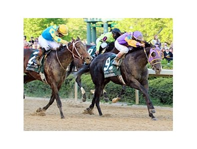 Archarcharch and Jon Court capture the Arkansas Derby.
