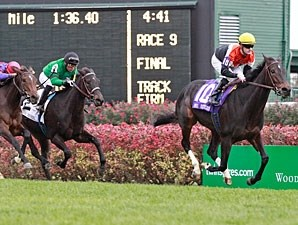 Marketing Mix wins the 2011 Mrs. Revere.