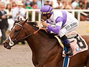 Know More wins the Best Pal Stakes.