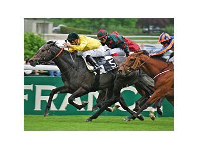 Style Vendome wins the Poule d'Essai des Poulains in France.