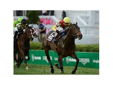 "Silver Max runs away with the American Turf Stakes. <br><a target=""blank"" href=""http://photos.bloodhorse.com/AtTheRaces-1/at-the-races-2012/22274956_jFd5jM#!i=1829086851&k=v3kHdx9"">Order This Photo</a>"
